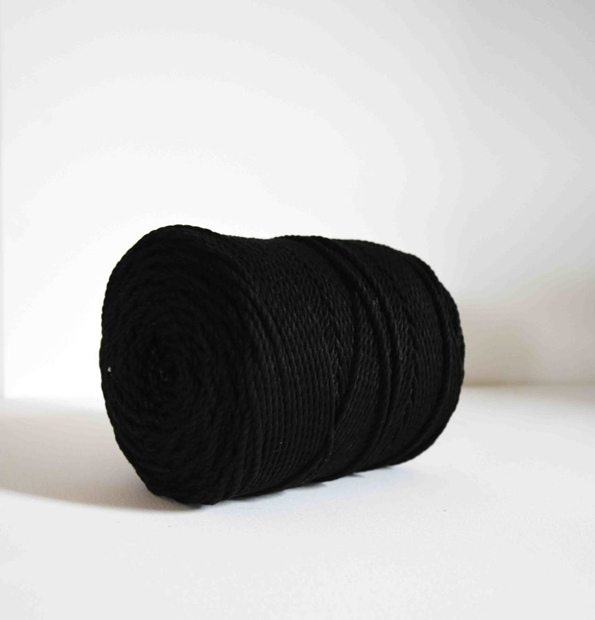 Three-ply cotton cord. Black